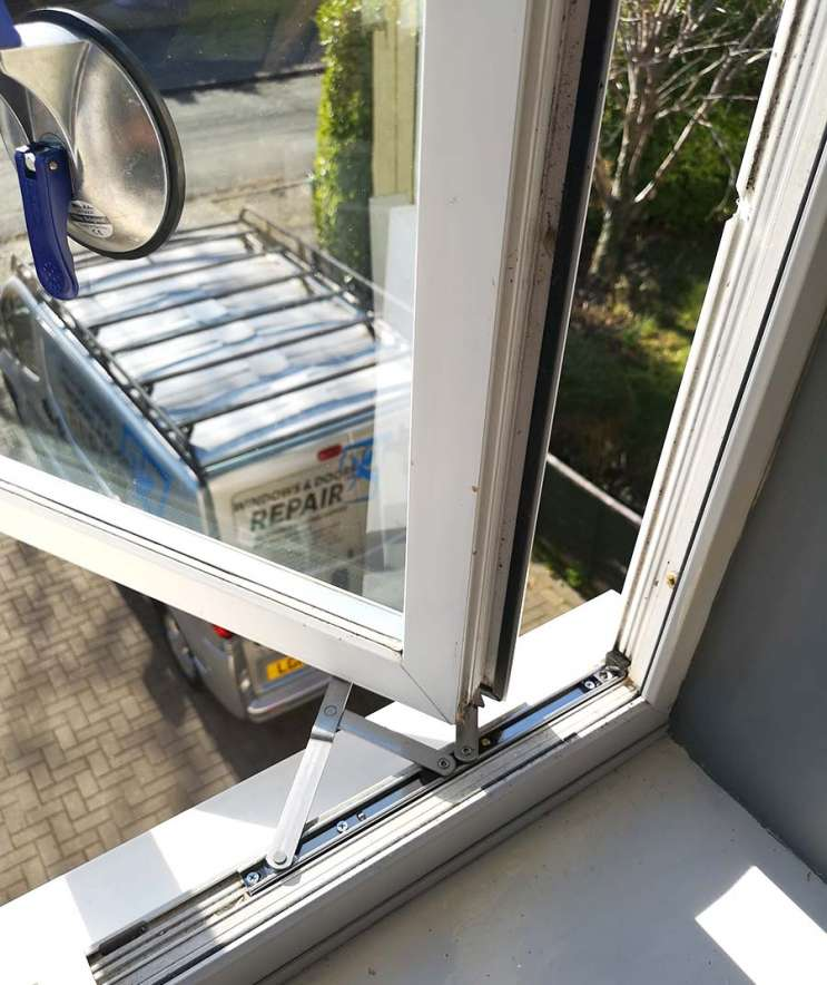 Double Glazing repairs Staines Upon Thames