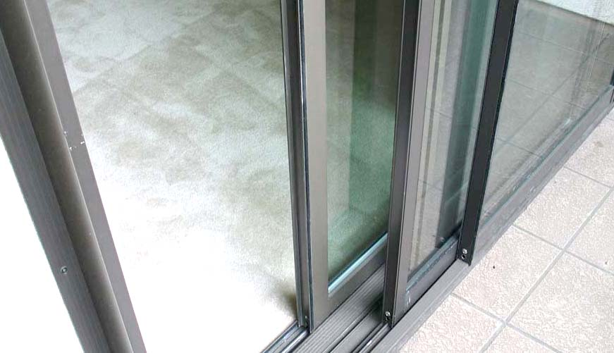 soundproof glass